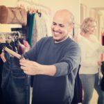 Worauf sollten Männer beim Jeanskauf achten?