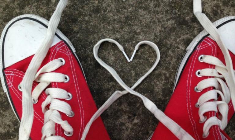 Sneaker mit Herz