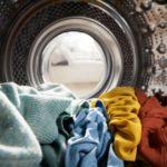 So lange kann man Wäsche in der Waschmaschine lassen
