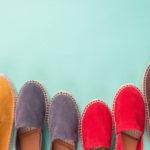 Slipper liegen im Trend: Die heißesten Modelle und Farben für den Sommer!