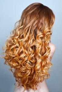 Blonde lange Extensions